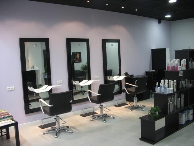 Coiffure Cheveux Sadki, intèrieur du salon de coiffure
