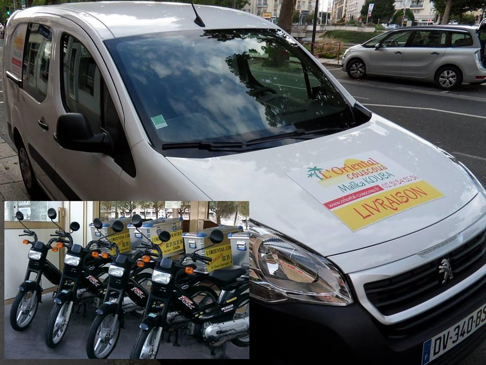 Voiture et motos pour la livraison