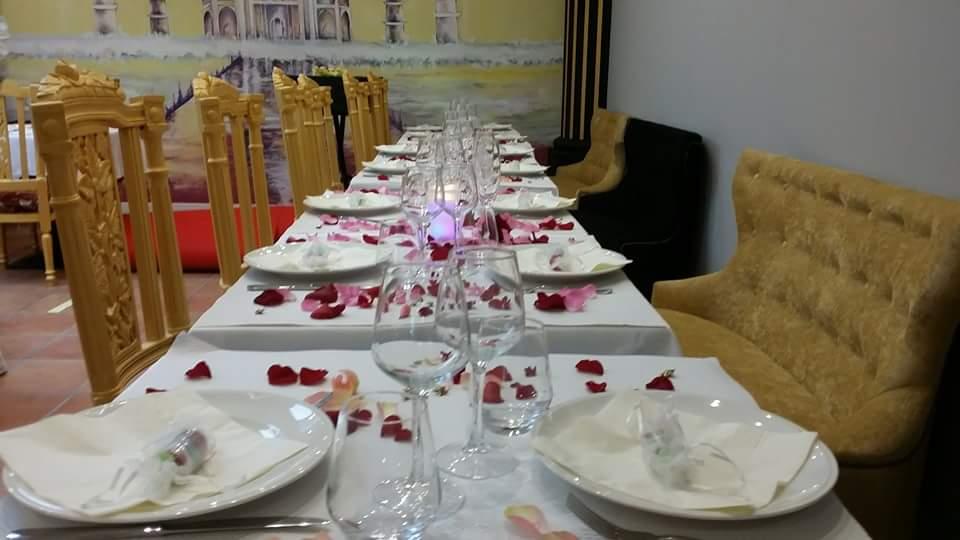 Table, Restaurant TAJ Orient, bledyshop