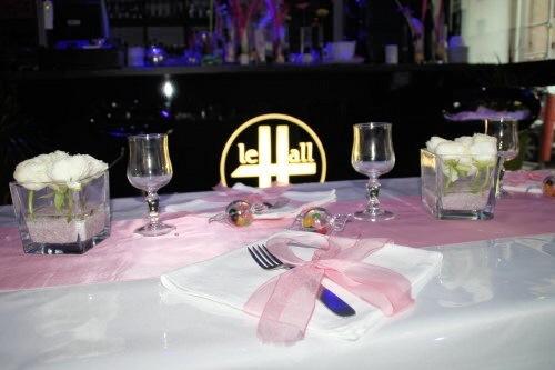 Table, Restaurant le Hall AVS, bledyshop